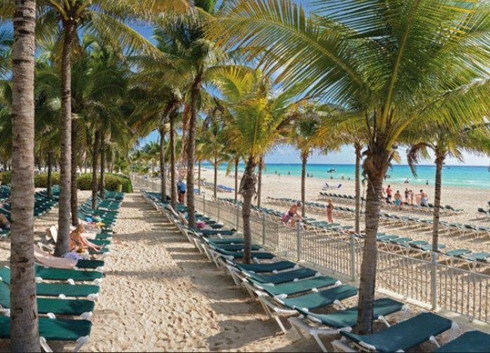 Riu Lupita Playa del Carmen Beach