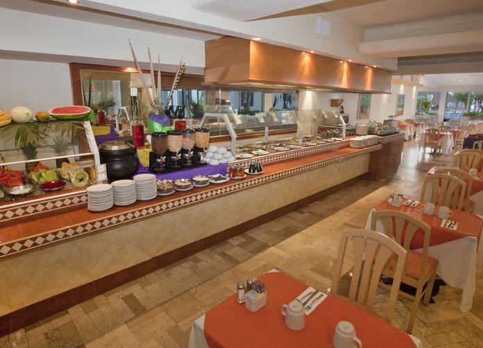 Aquamarina Beach Cancun Buffet