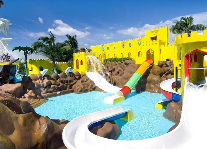 Crown Paradise Club Cancun Water Park