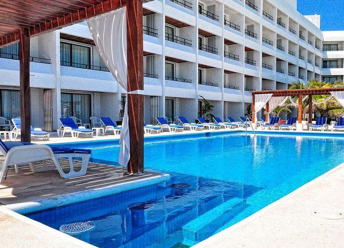 Flamingo Cancun Pool View