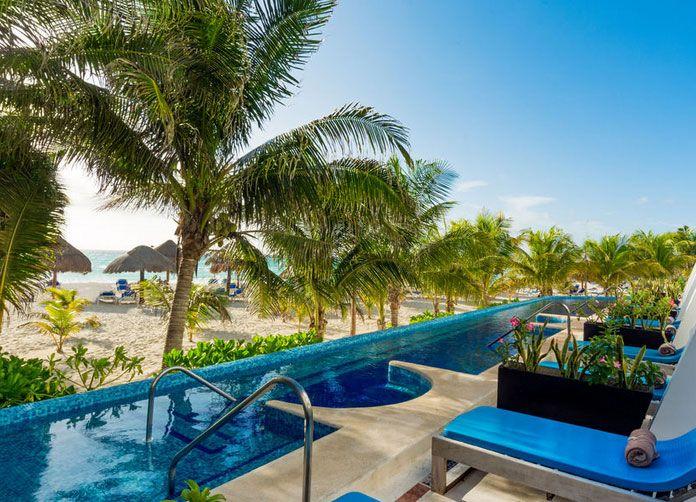 Flamingo Cancun Pools