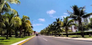 Getting Around Cancun