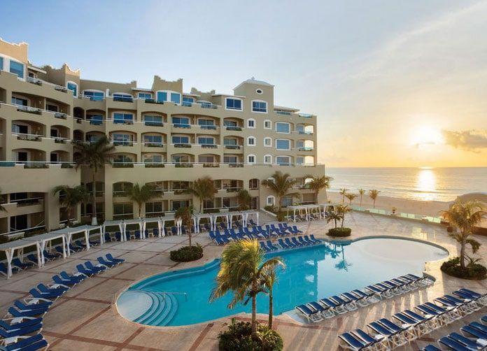 Gran Caribe Resort Cancun Pool