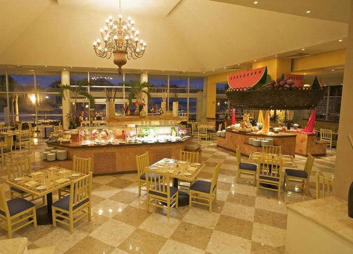Grand Park Royal Cancun Caribe Buffet