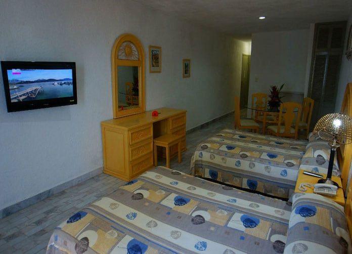 Imperial Las Perlas Cancun Twin Room