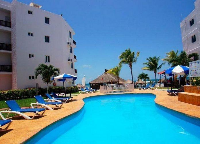Imperial Las Perlas Cancun Pool View