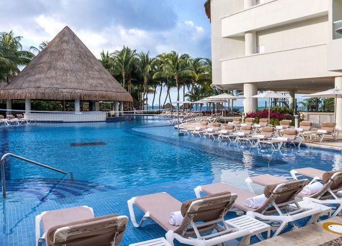 Isla Mujeres Palace Pool