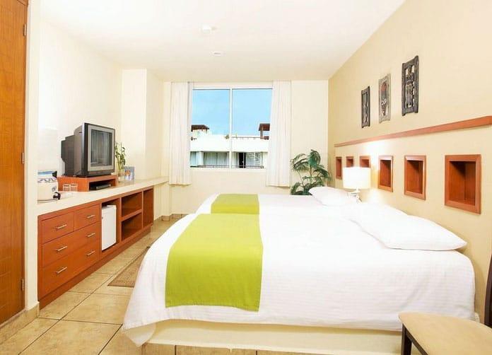 Ixchel Beach Room