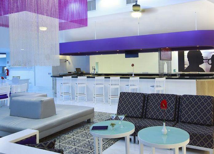 Krystal Cancun Bar