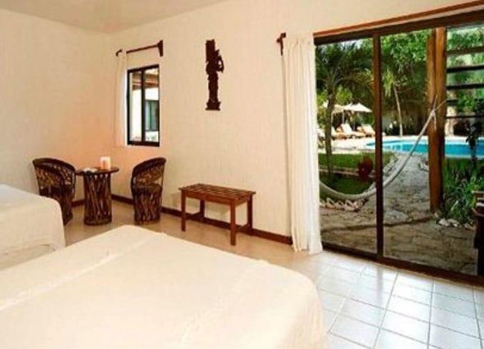 Na Balam Isla Mujeres Twin Room
