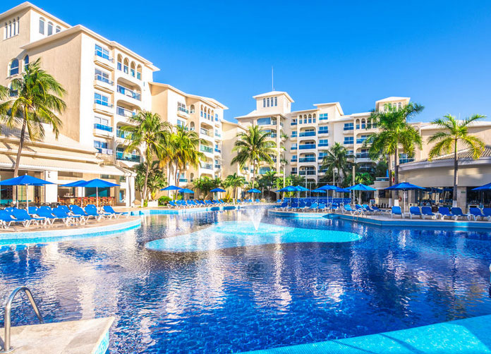 Occidental Costa Cancun Pool