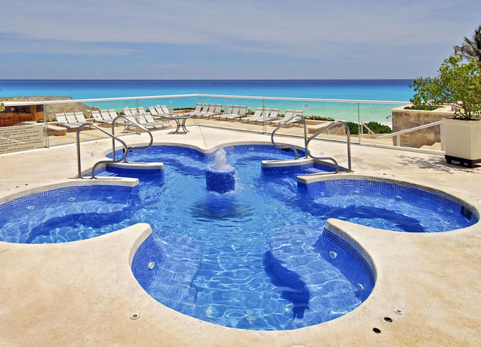 Omni Cancun Pool