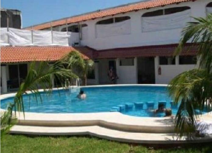 Plaza Almendros Isla Mujeres Pool
