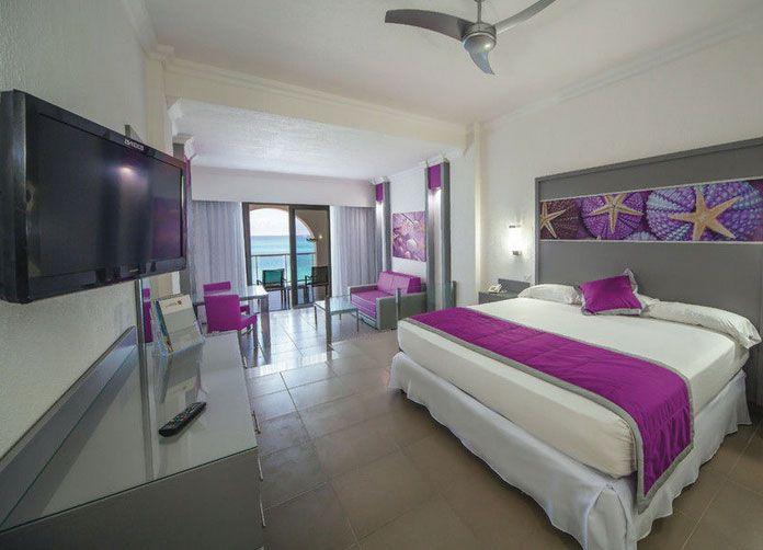 Riu Cancun King Room