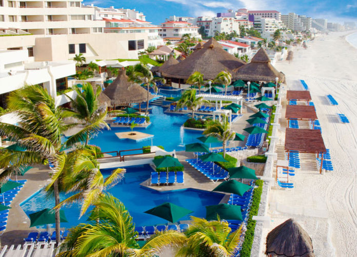 Royal Solaris Cancun King Pools
