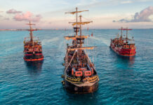 Captain Hook Pirate Ship Cancun