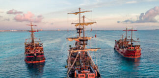 Captain Hook Pirate Ship Cancun