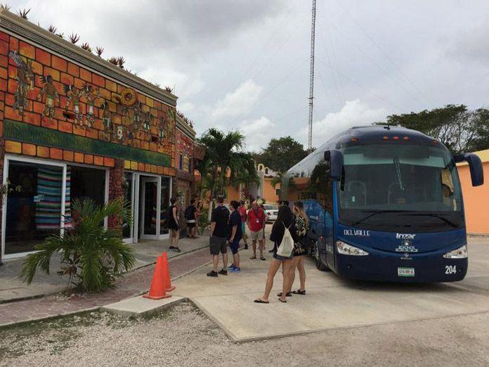 Chichen Itza Tour Bus